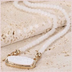 🔜💐Crystal White Druzy Pave Stone Beaded Necklace
